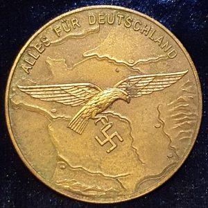 WW2 Luftwaffe Western France Loyal Service Medallion in Original Box     2.14388