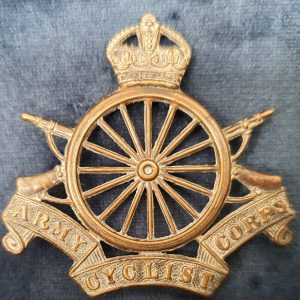 WW1 Cap Badge Army Cyclist Corps.   CB.1010