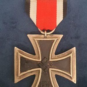 WW2 Iron Cross 2nd Class E.K.2 Ring Marked 24     M.717
